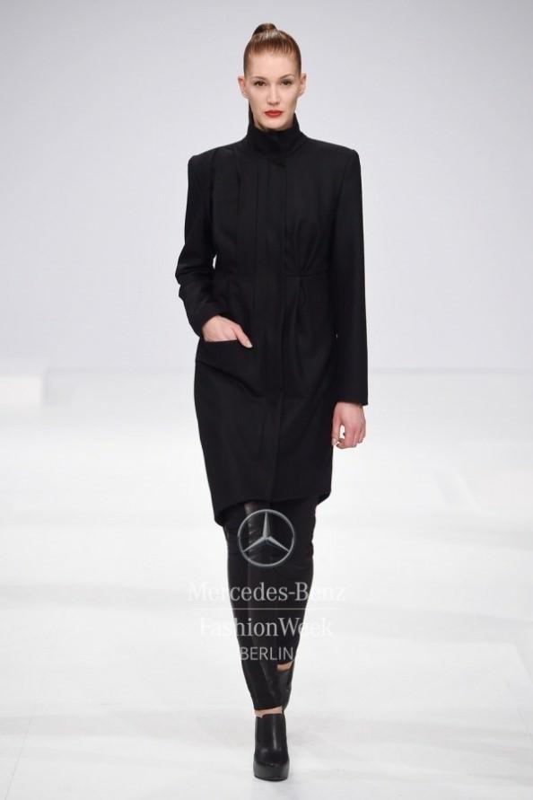 Model bei Modenschau Berlin