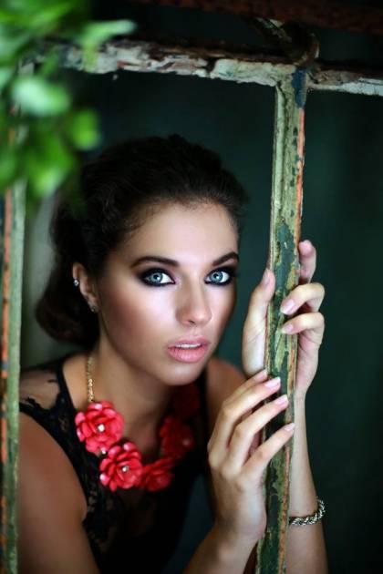 Model Miriam H.