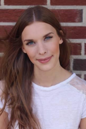 Model Janine D.