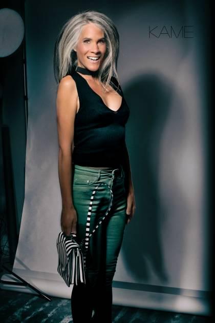 Model Veronica V.