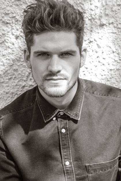 Model Sebastian B.