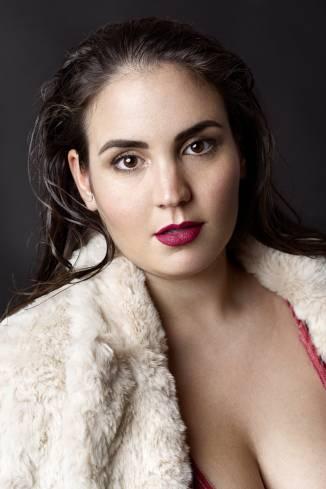 Model Angela Daiana B.