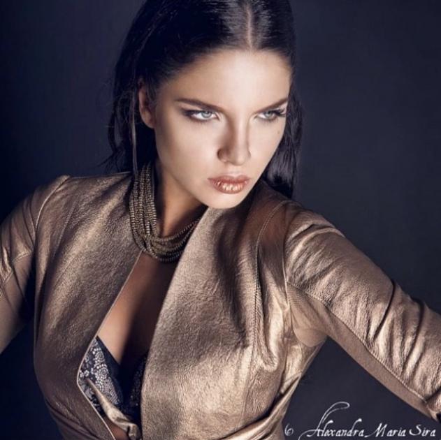 Model Yuliya G.