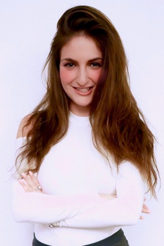 Model Evelin A.