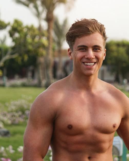 Model Tim K.