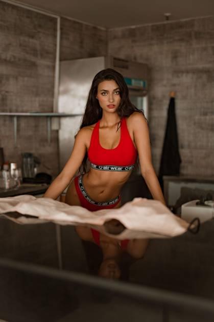 Model Tara W.