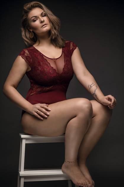 Model Mandy B.