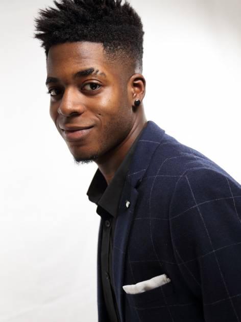 Model Derrick A.