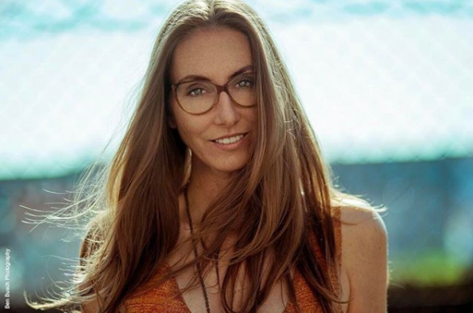 Model Christina L.
