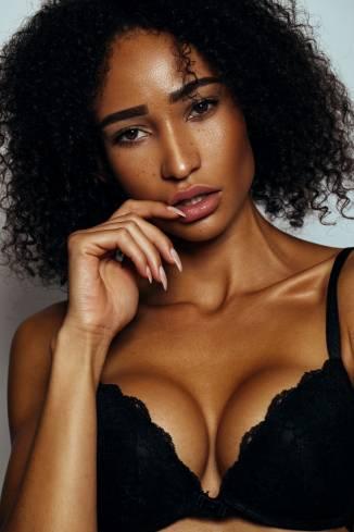 Model Céline M.