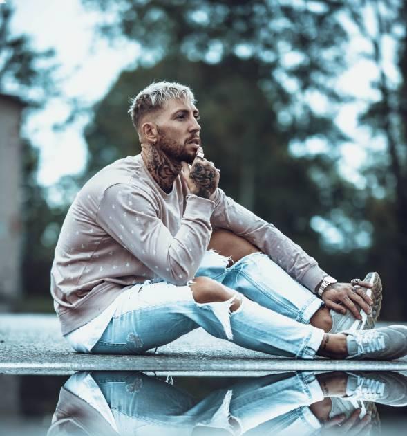 Model Luca L.