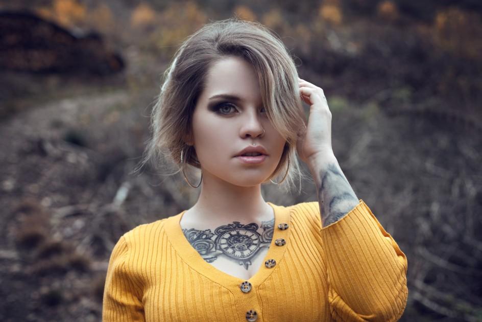Model Nina M.