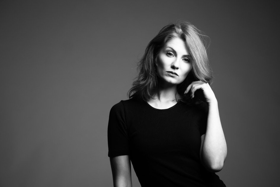 Model Gina L.