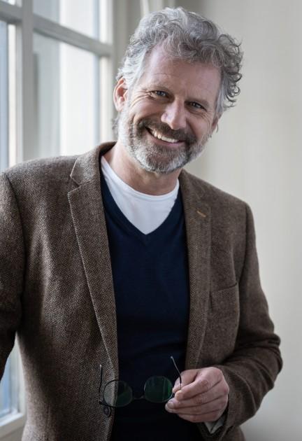 Model Bob L.