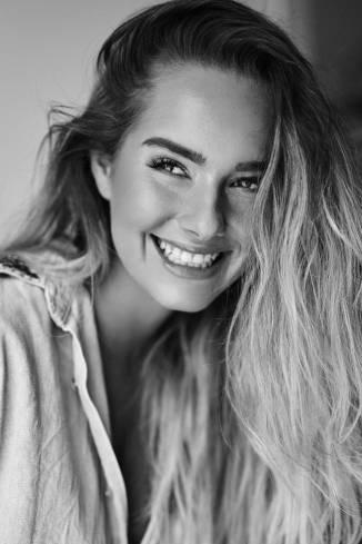 Model Nicole G.