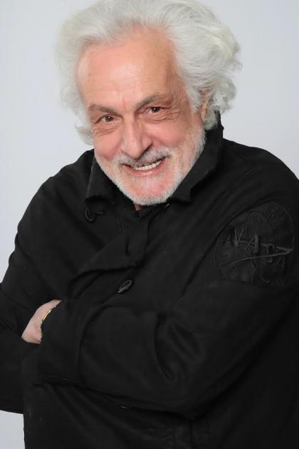 Model Artur M.