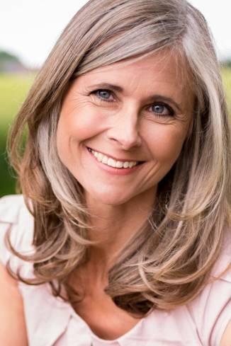 Model Annette M.