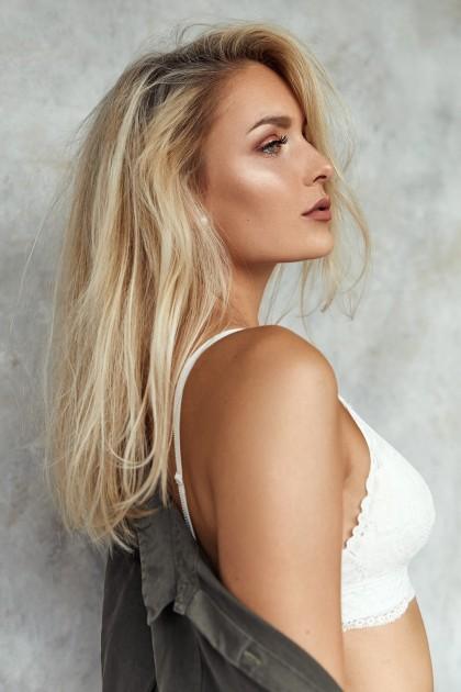 Model Alena K.