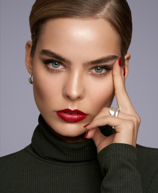 Model Laura K.