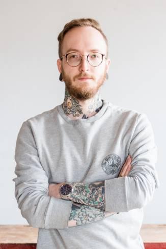 Moderator Jonas W.