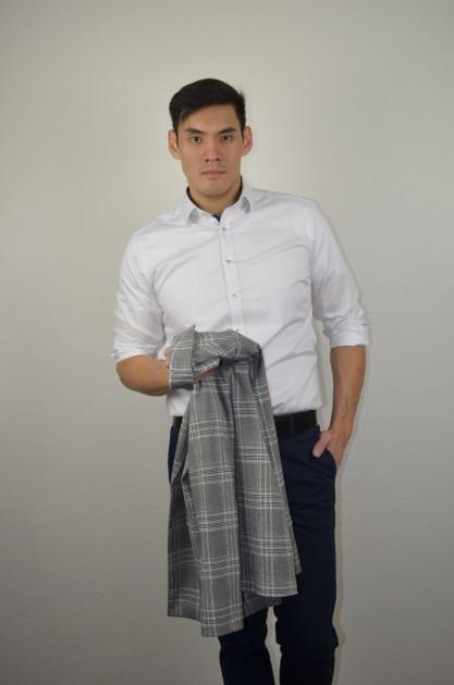 Model Kok-Chung Oliver Y.