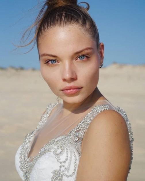Model Helena F.