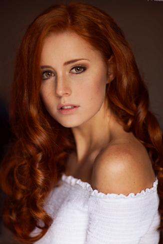 Model Eva H.