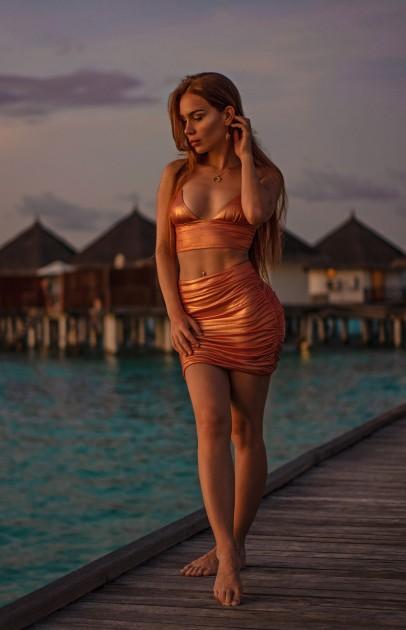 Model Miriam Valerie E.