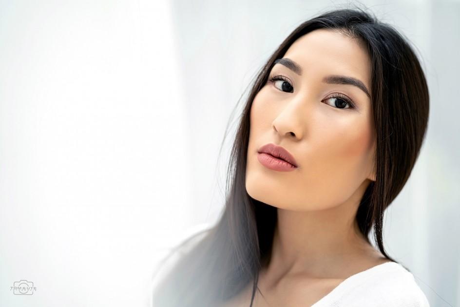 Model Kim Y.