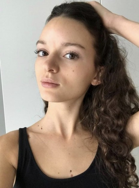Model Annika S.