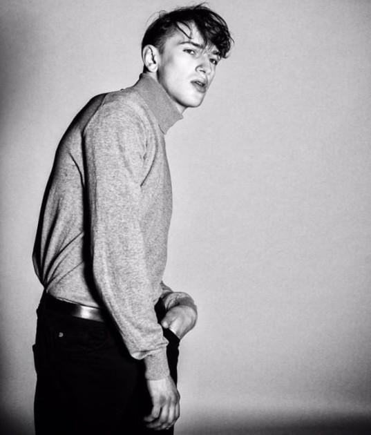 Model Kris K.