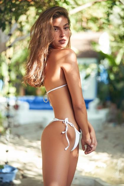 Model Perrine-Jill P.