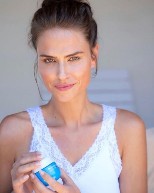 Model Eileen H.