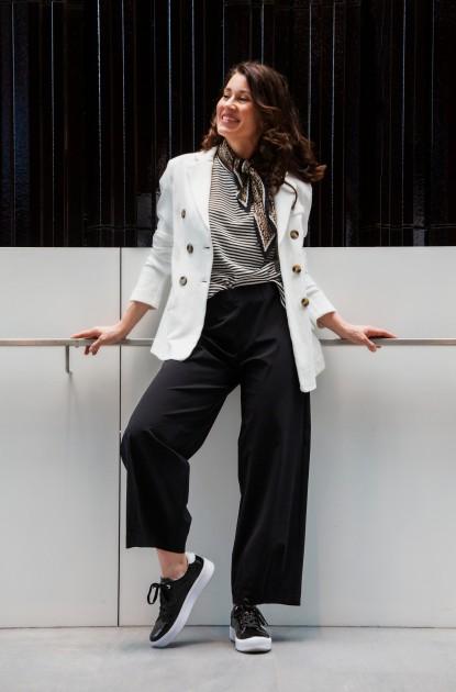 Model Lisa P.
