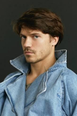 Model Felix G.