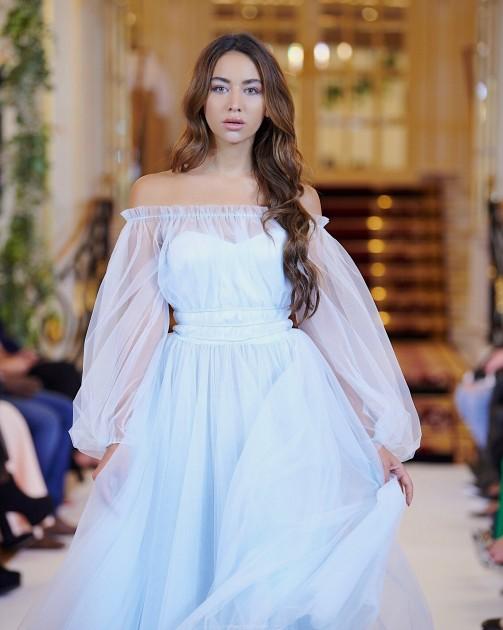 Model Antonia T.