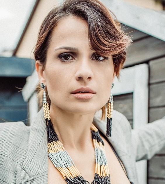 Model Loulia K.