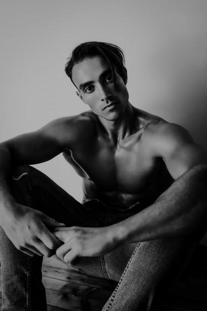 Model Younes I.