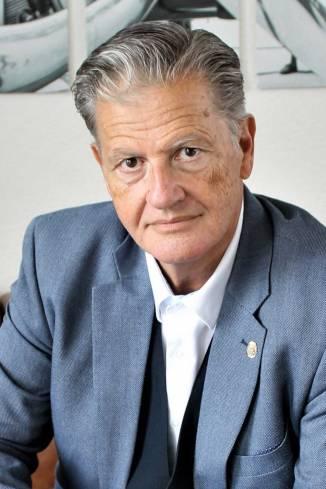 Moderator Bernhard G.