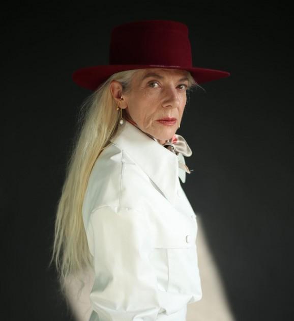 Model Agnès T.
