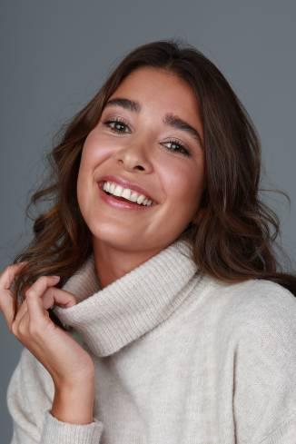 Model Elsie Q.