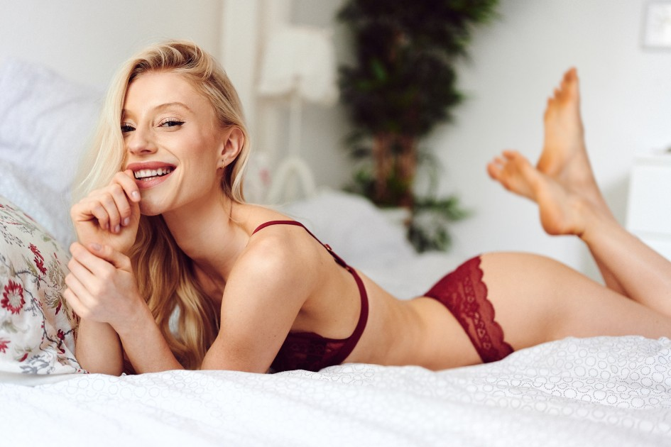 Model Roxanna C.