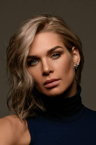 Model Jenny N.