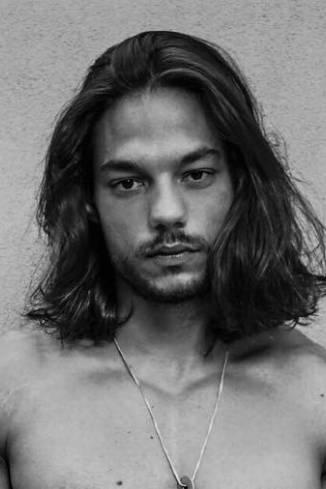 Model Tarek T.