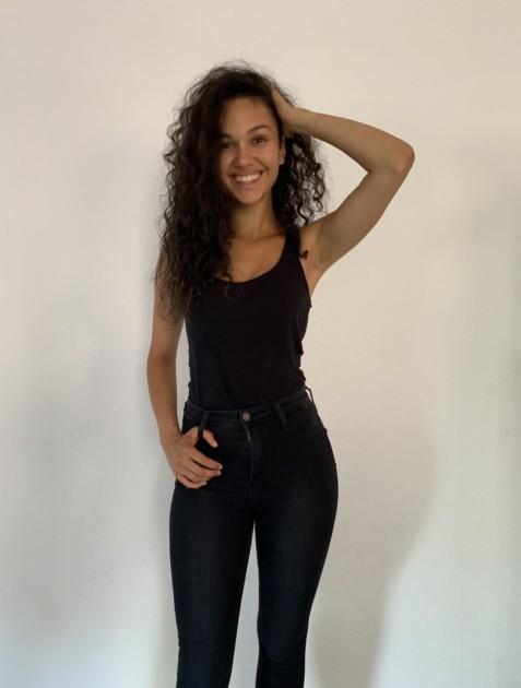 Model Elouisa K.