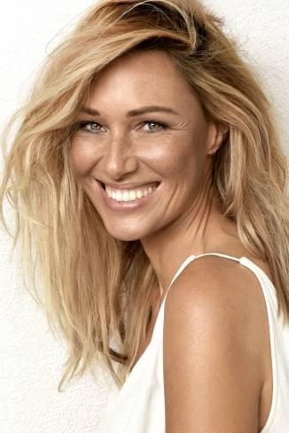 Model Steffi A.