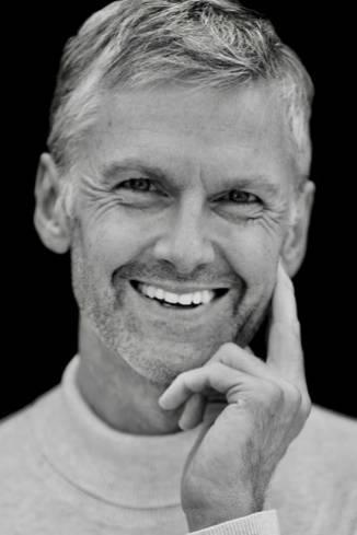 Model Jeremy V.