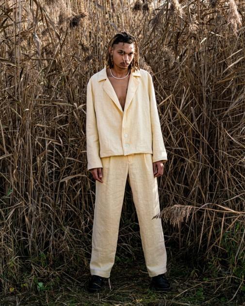 Model Akim Jamie B.