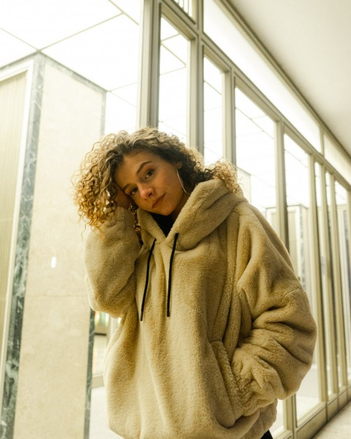 Model Celine M.