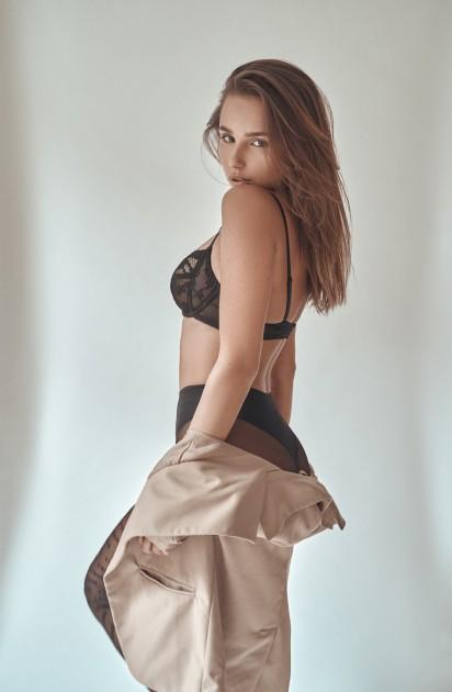 Model Karolina C.